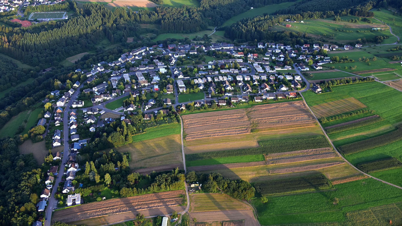 Kernscheid von oben Luftaufnahme des gesamten Ortes